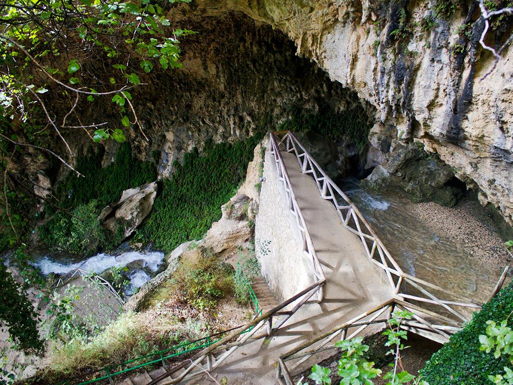 Entorno natural privilegiado en el parque natural sierras de cazorla. Cueva del agua, Tiscar, Quesada