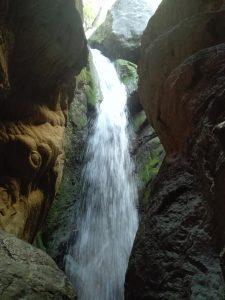 cascada de agua en la cueva del agua de Tiscar, sierra de cazorla