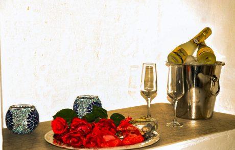 Champagne Rosas Pack Romantico Cazorla Rural