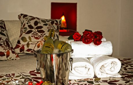 Champagne Roses Relaxing Getaway Bundle Cazorla Rural House