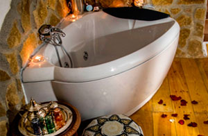 Tea Corner Whirlpool Tub Romantic Bundle Cazorla Rural House
